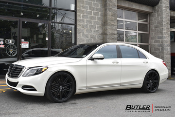 Mercedes S-Class with 22in Vossen CV10 Wheels