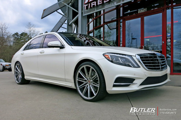 Mercedes S-Class with 22in Vossen VPS-307 Wheels