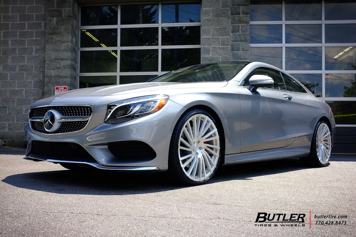 Mercedes S-Class Coupe with 22in Lexani M119 Wheels