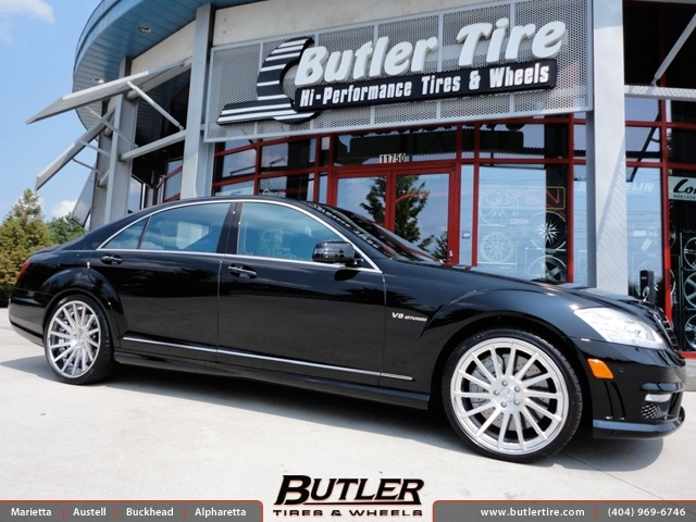 Mercedes S-Class with 21in DUB 1 4Teen Wheels