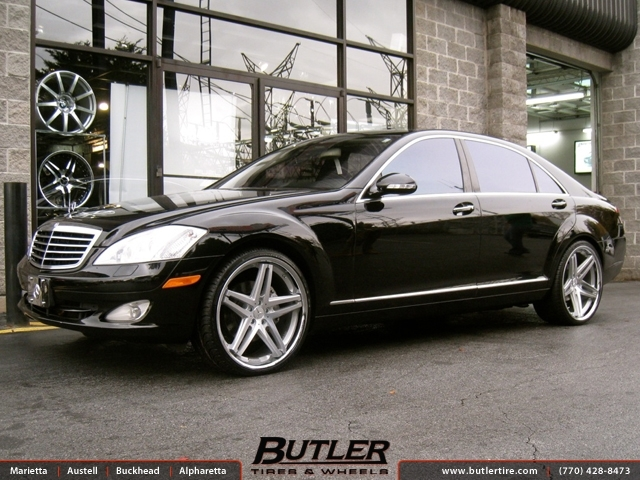 Mercedes S-Class with 22in Lexani R-Five Wheels