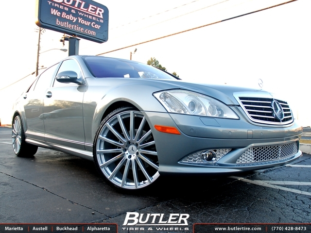 Mercedes S-Class with 22in Mandrus Rotec Wheels