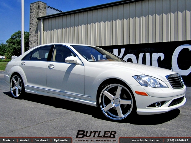 Mercedes S-Class with 22in Niche Nurburg Wheels