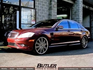 Mercedes S-Class with 22in Niche Touring Wheels