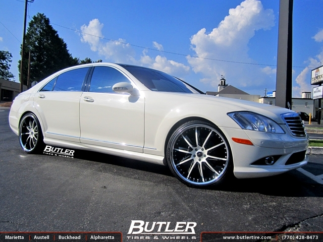 Mercedes S-Class with 22in Savini SV50 Wheels