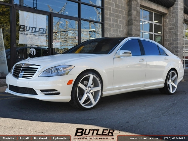 Mercedes s class with 22in vossen cv3 wheels exclusively for Mercedes benz tire inflator