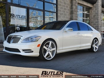 Mercedes S-Class with 22in Vossen CV3 Wheels