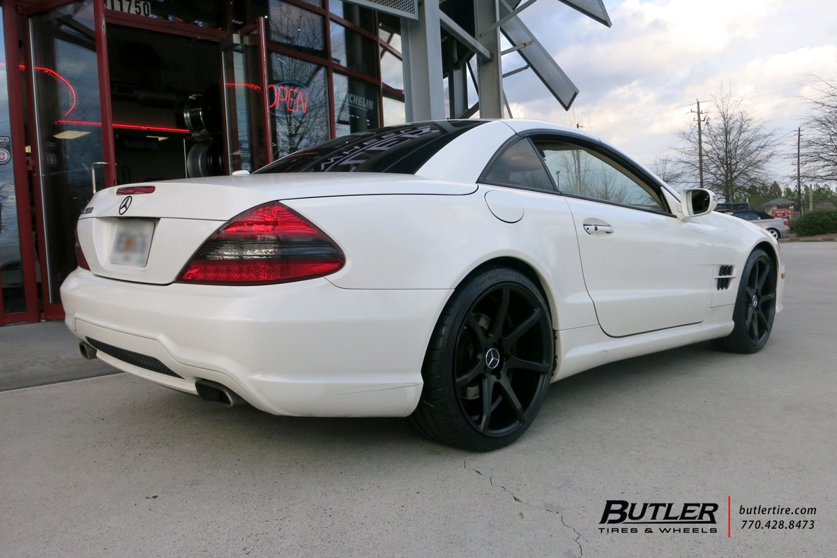 Mercedes SL-Class with 20in Savini BM10 Wheels