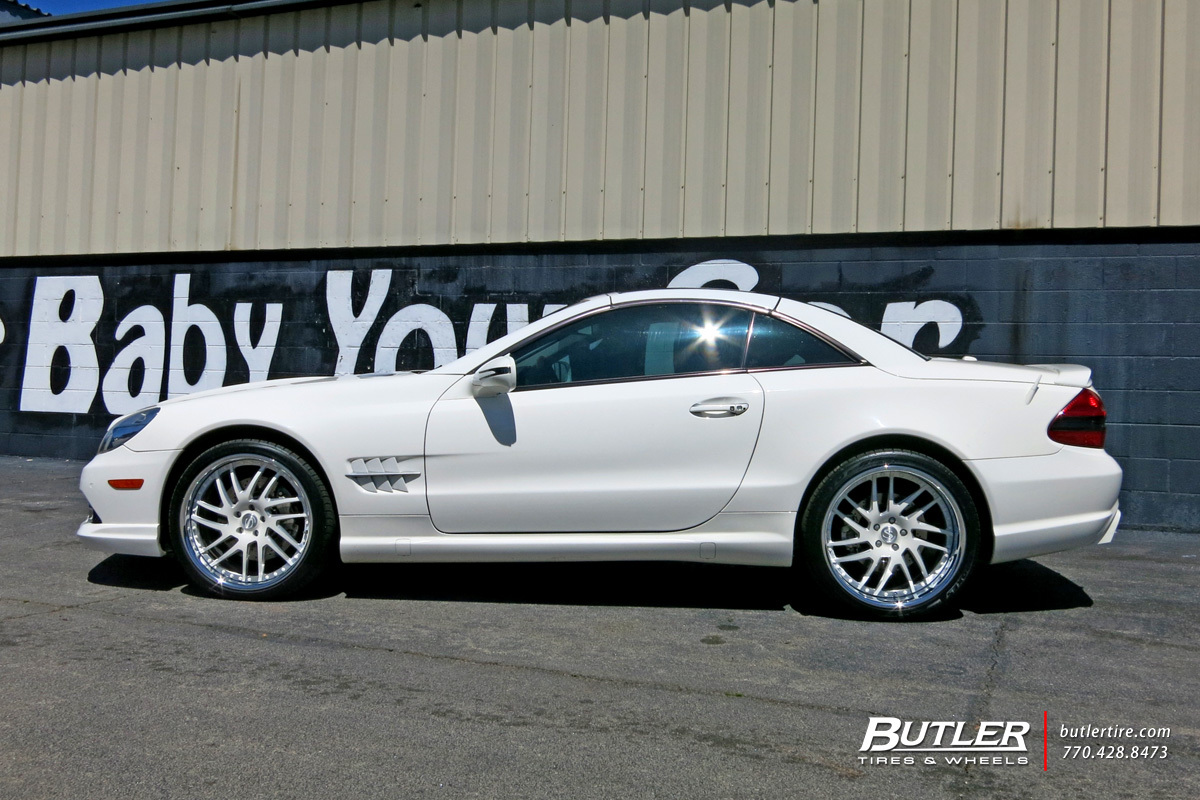 Mercedes SL-Class with 20in Savini SV62 Wheels