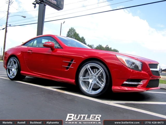 Mercedes SL-Class with 20in Niche Sportiva Wheels
