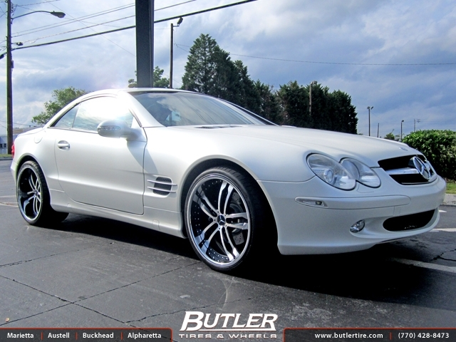 Mercedes SL-Class with 20in Savini BM6 Wheels