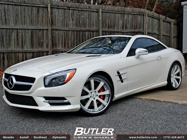 Mercedes SL-Class with 20in Savini SV28s Wheels