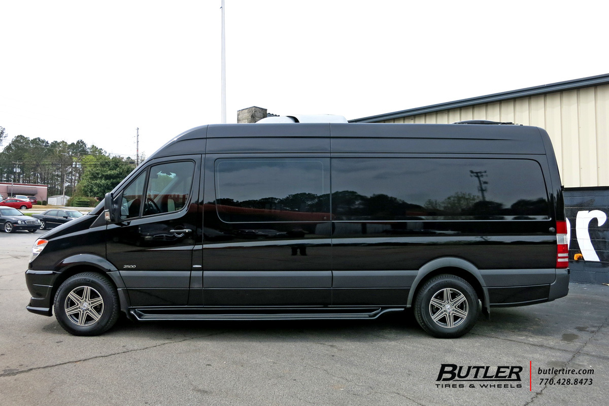 Mercedes Sprinter with 17in Mandrus Atlas Wheels