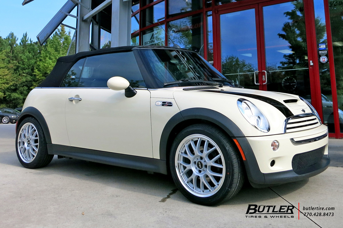 Mini Cooper With 17in Asa Ar 1 Wheels