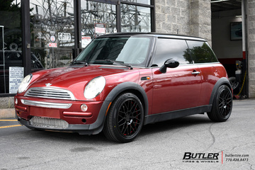 Mini Cooper with 17in Ruff Overdrive Wheels