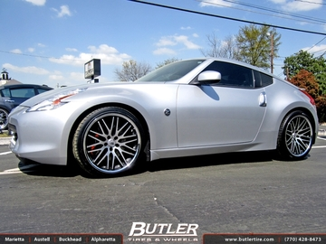 Nissan 370Z with 20in Lexani CVX 44 Wheels