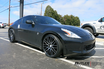 Nissan 370z with 20in Savini BM13 Wheels