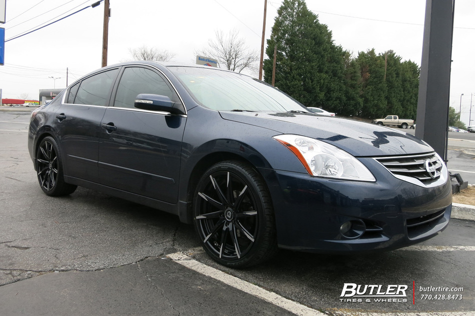 Nissan Altima with 20in Lexani CSS15 Wheels exclusively ...