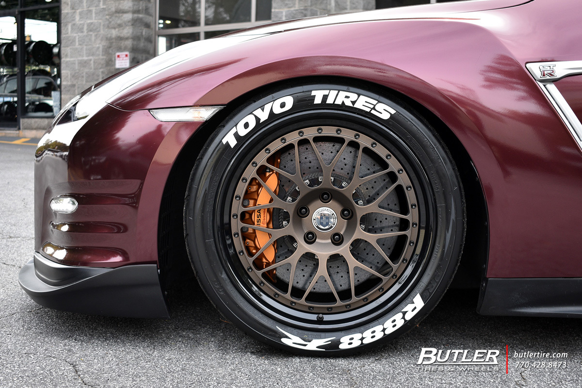 Nissan GTR with 20in HRE Classic 300 Wheels