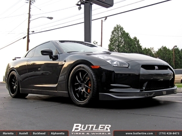 Nissan GTR with 20in Niche Targa Wheels