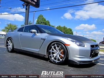 Nissan GTR with 22in Lexani LZ-102 Wheels