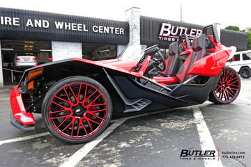 Polaris Slingshot with 22in Savini BM13 Wheels