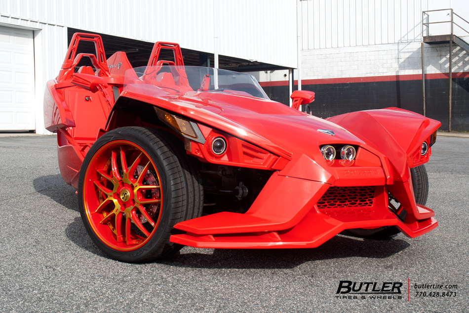 Polaris Slingshot with 22in Savini SV63 Wheels exclusively ...
