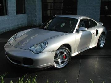 Porsche 911 with 18in HRE 547R Wheels