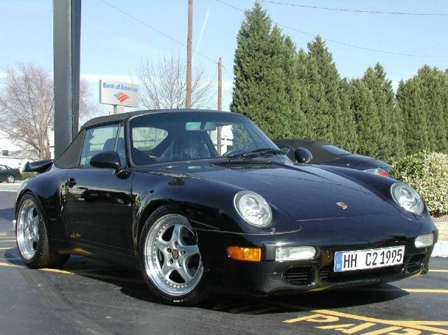 Porsche 911 with 18in Speedline Wheels