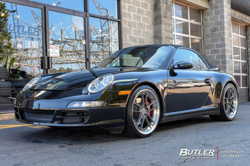 Porsche 911 with 20in Rotiform SFO Wheels