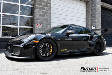Porsche 911 GT2RS with 21in Vossen S21-01 Wheels