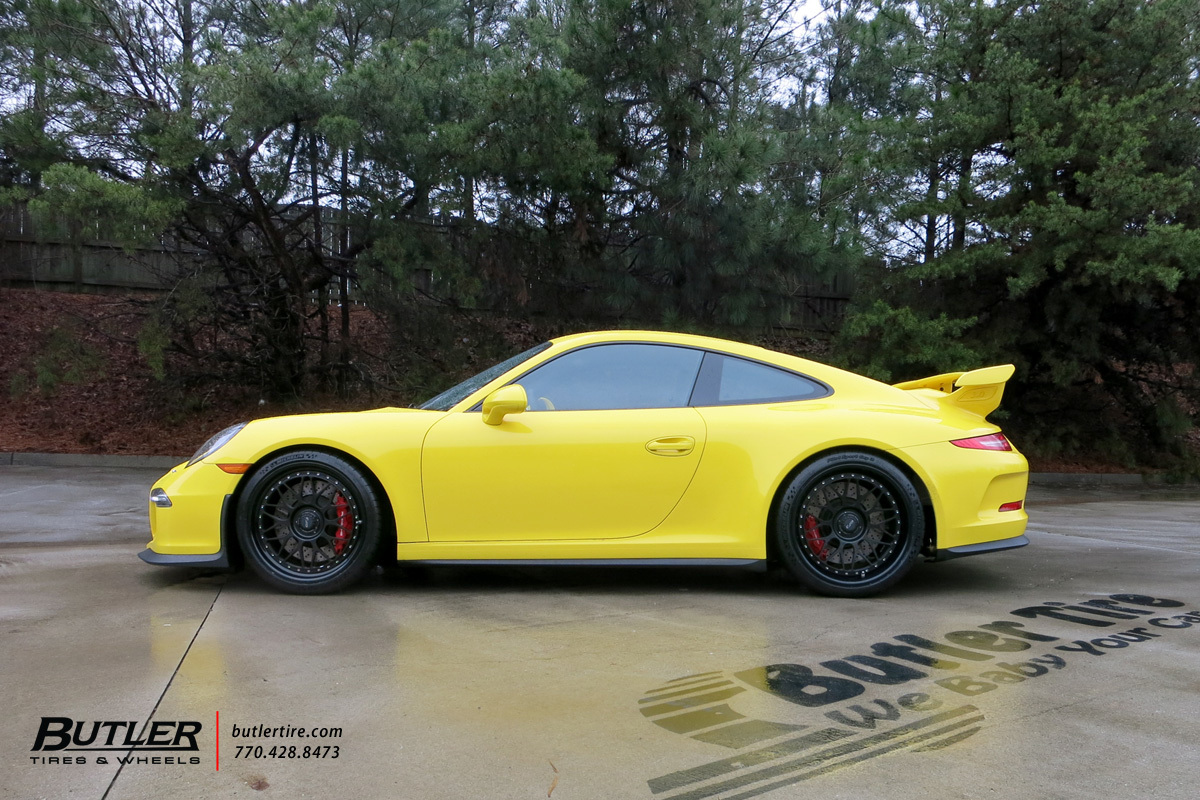 Porsche 911 GT3 with 20in HRE Classic 300 Wheels