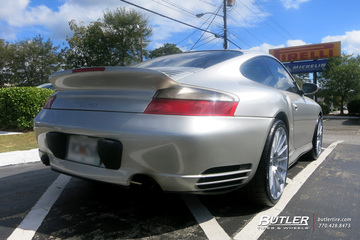 Porsche 911 Turbo with 19in HRE FF15 Wheels