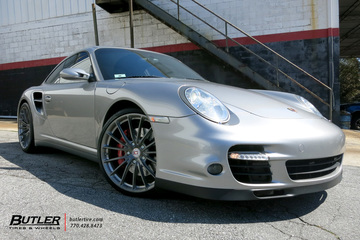 Porsche 911 Turbo with 20in HRE P103 Wheels
