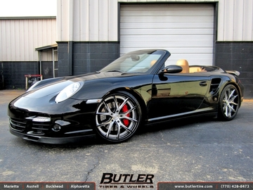 Porsche 911 Turbo with 20in LZ-102 Wheels
