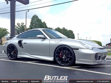 Porsche 911 Turbo with 20in Victor Zehn Wheels