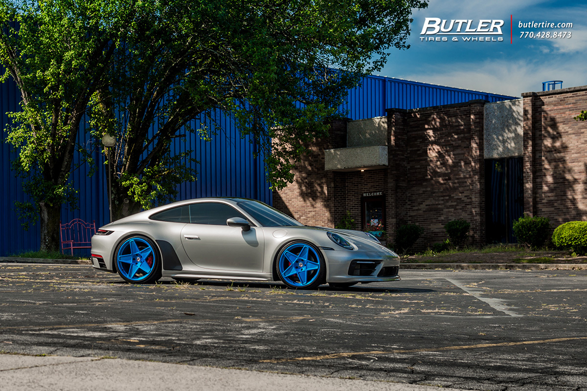 Porsche 992 - 911 Carrera S with 22in HRE 505M Wheels
