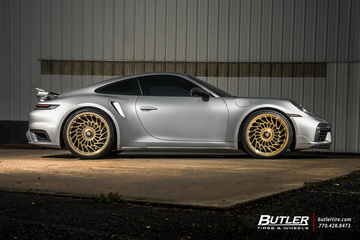 Porsche 992 - 911 Turbo S with 22in Vossen ML-R2 Wheels