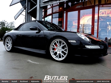 Porsche 997 with 20in Vossen CV2 Wheels
