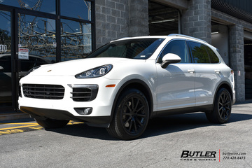 Porsche Cayenne with 19in Victor Zehn Wheels