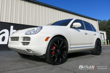 Porsche Cayenne with 22in Lexani CSS15 Wheels