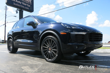 Porsche Cayenne with 22in Niche Form Wheels