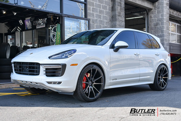 Porsche Cayenne with 22in Savini BM12 Wheels