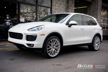 Porsche Cayenne with 22in Victor Innsbruck Wheels