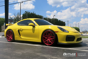 Porsche Cayman GT4 with 21in Vossen VPS-305 Wheels