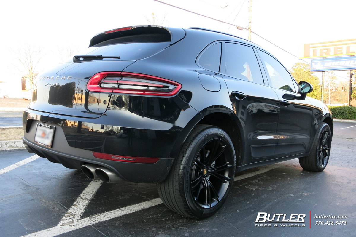 Porsche Macan with 20in Niche Ritz Wheels