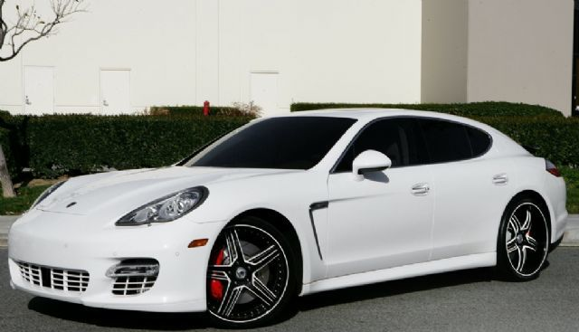 Porsche Panamera with 22in Asanti AF162 Wheels