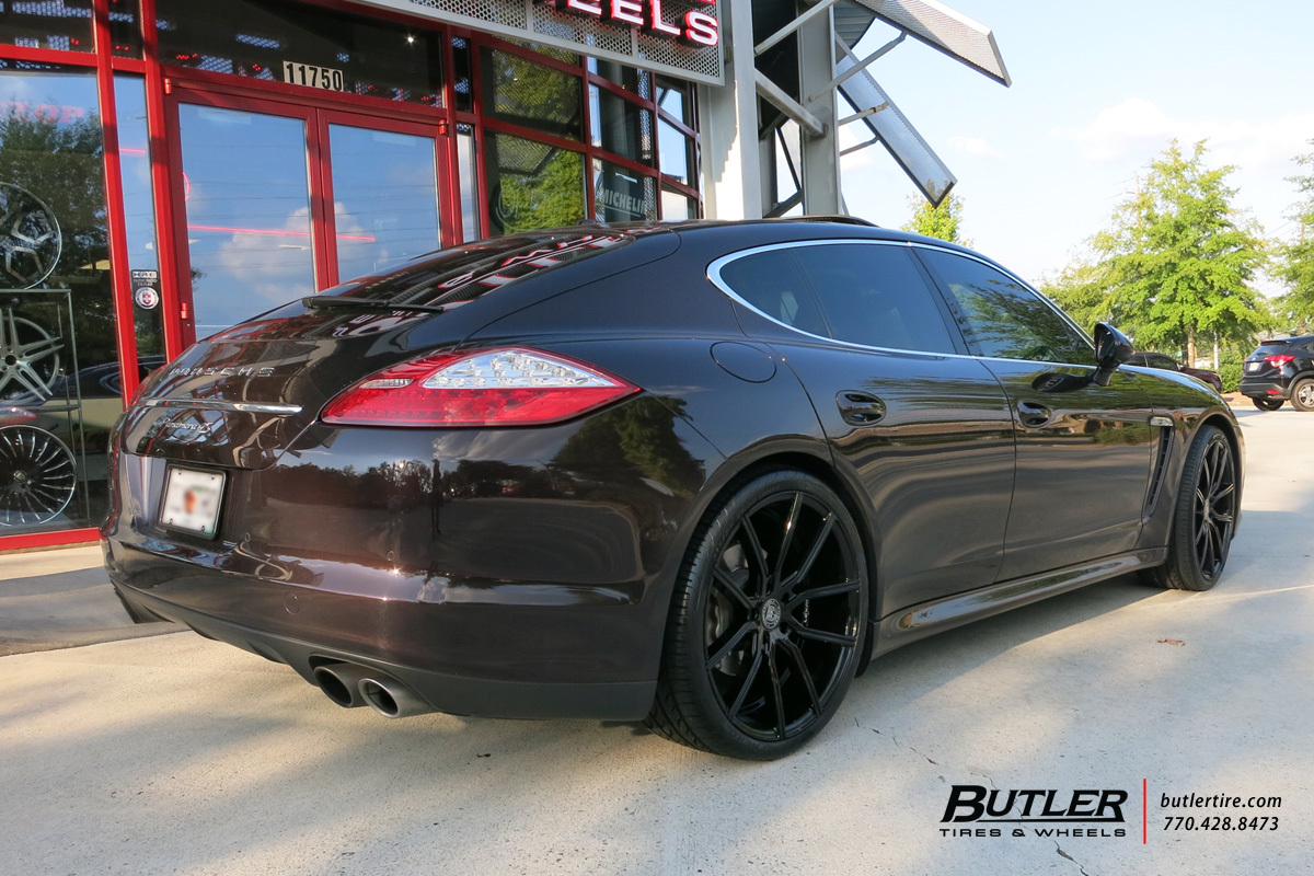 Porsche Panamera with 22in Lexani Gravity Wheels