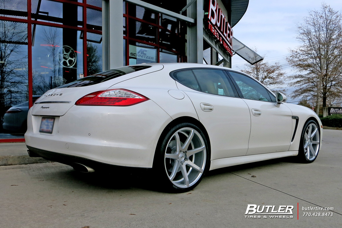 Porsche Panamera with 22in Savini BM10 Wheels