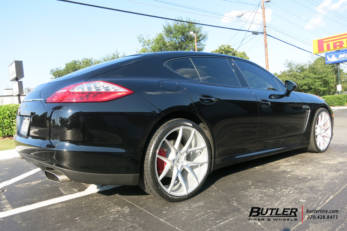 Porsche Panamera with 22in Savini BM14 Wheels